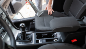 7 Tips to Keep the Inside Of Your Car Spotless